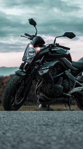 Превью обои мотоцикл, вид сбоку, дорога, асфальт