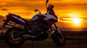 Превью обои мотоцикл, закат, стиль