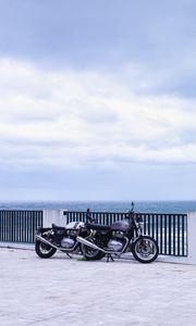 Превью обои мотоциклы, байки, черный, набережная