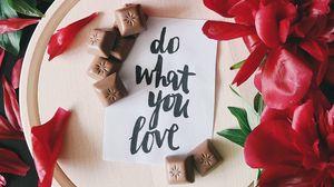 Превью обои надпись, текст, шоколад, пионы