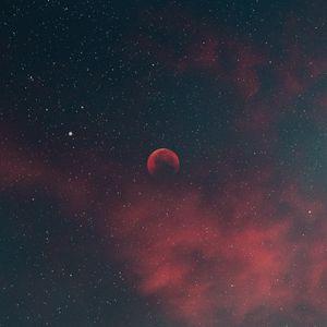 Превью обои небо, звезды, луна, облака, ночь
