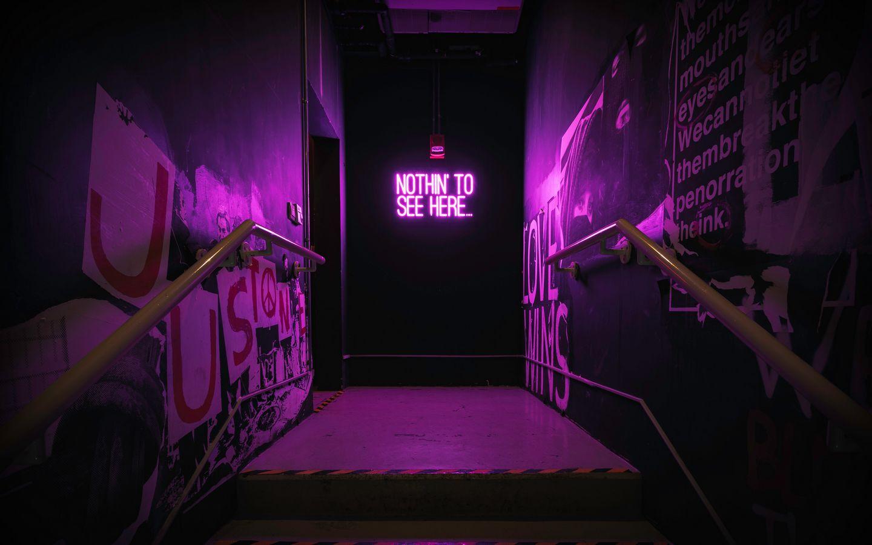 1440x900 Обои неон, надпись, стена, фиолетовый, подсветка
