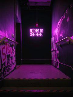 240x320 Обои неон, надпись, стена, фиолетовый, подсветка
