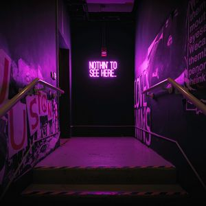 Превью обои неон, надпись, стена, фиолетовый, подсветка