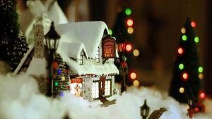 Превью обои новый год, рождество, украшение, дом, снег, уют