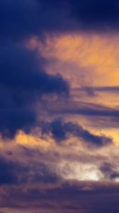 Превью обои облака, небо, сумерки, синий