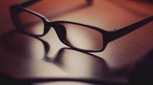 Превью обои очки, поверхность, тень, стекло, линзы, оправа