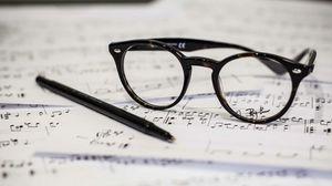 Превью обои очки, ручка, ноты