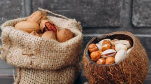 Превью обои орехи, фундук, грецкий орех, арахис, скорлупа