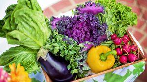 Превью обои овощи, корзина, зелень