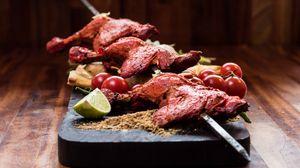 Превью обои овощи, мясо, курица, шампура
