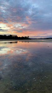 Превью обои озеро, закат, вода, сумерки, природа