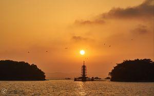 Превью обои пагода, закат, река, сумерки