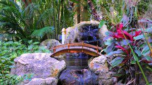 Превью обои пальмы, камни, растения, водопад, мостик, интерьер