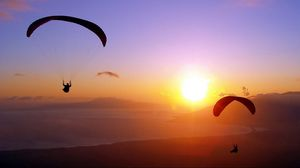 Превью обои парашют, прыжок, закат, полет, экстрим
