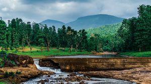 Превью обои пейзаж, река, горы, камни, трава
