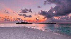 Превью обои песок, пляж, океан, закат, небо, горизонт