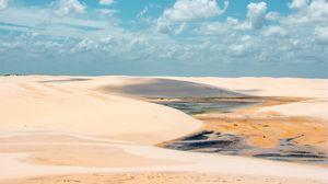 Превью обои песок, пустыня, облака, небо