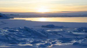 Превью обои песок, снег, море, берег