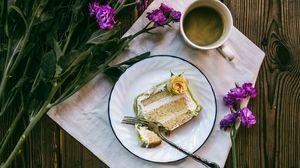 Превью обои пирожное, кофе, цветы