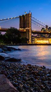 Превью обои побережье, мост, огни, вода, сумерки