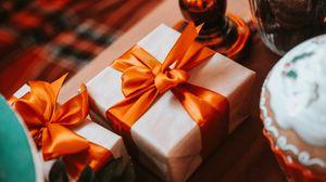 Превью обои подарок, коробка, лента, праздник, эстетика
