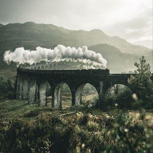 Превью обои поезд, железная дорога, мост, горы, дым, гленфиннан, виадук, великобритания