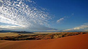 Превью обои пустыня, песок, облака, перьевые