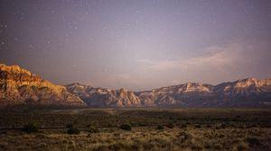 Превью обои равнина, горы, пейзаж, сумерки, звезды, пустынный