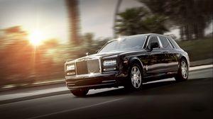 Превью обои rolls royce, phantom, luxury, вид сбоку, черный, движение