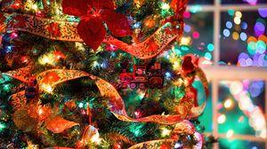 Превью обои елка, украшения, гирлянды, игрушки, новый год, рождество