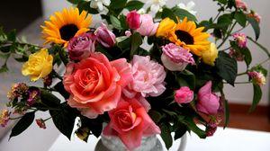 Превью обои розы, подсолнухи, жасмин, цветы, букет, композиция, ваза