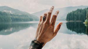 Превью обои рука, татуировки, касание, озеро, пейзаж