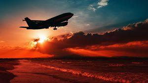 Превью обои самолет, море, закат, взлет, силуэт, небо