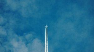 Превью обои самолет, след, небо, облака