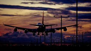 Превью обои самолет, взлет, ночь, свет