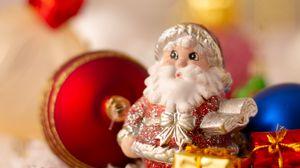 Превью обои санта клаус, дед мороз, рождество, новый год, игрушки, блики