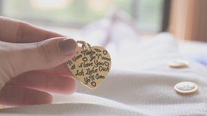 Превью обои сердце, надписи, любовь, нежность, рука