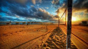 Превью обои сетка, пляж, волейбол, закат, песок, облака, небо, цвета