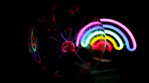 Превью обои шар, плазма, электричество, радуга, неон, темный