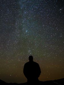 Превью обои силуэт, одиночество, ночь, звезды, темный