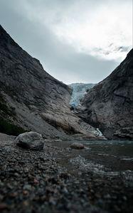 Превью обои скала, вода, камни, берег