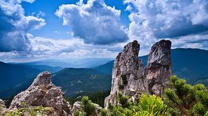 Превью обои скалы, горы, кустарник, деревья, небо