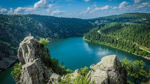 Превью обои скалы, озеро, лес, деревья, пейзаж