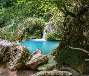 Превью обои скалы, озеро, водопад, природа, пейзаж