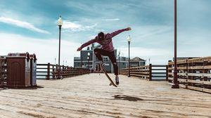 Превью обои скейт, прыжок, трюк, экстрим, скейтбордист, пирс, настил
