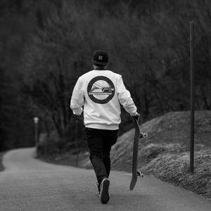 Превью обои скейтер, скейт, скейтборд, дорога, черно-белый