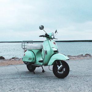 Превью обои скутер, мотороллер, улица, море