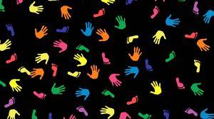 Превью обои следы, разноцветный, руки, ладони, ступни