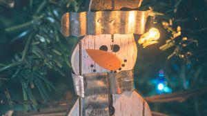 Превью обои снеговик, украшение, гирлянда, елка, новый год, рождество